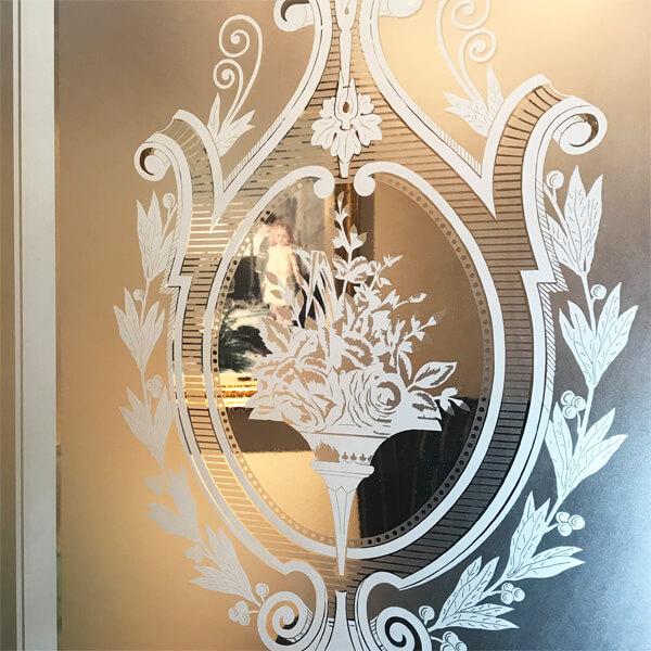 tzglas reproduktionen glasdekore teufel. Black Bedroom Furniture Sets. Home Design Ideas