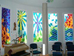 aussegnungsraum glasfenster