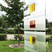 Glaskunst in modernen Gärten