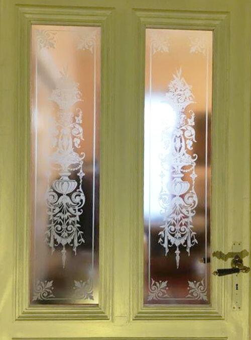 Zimmertür mit glaseinsatz