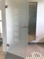 Glastüren modern